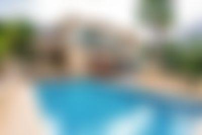Flavie Villa grande y clásica en Denia, en la Costa Blanca, España  con piscina privada para 12 personas...
