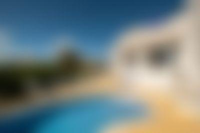 Villa Albufeira LS502 Classic villa  with private pool in Albufeira, on the Algarve, Portugal for 7 persons...