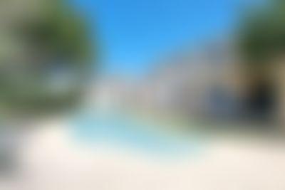 Berrette Mooie en comfortabele luxe villa  met verwarmd zwembad in Castillon-Du-Gard, Côte d'Azur, Frankrijk voor 8 personen...
