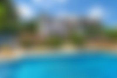 Mithra Vivienda de vacaciones clásica y acogedora en Javea, en la Costa Blanca, España  con piscina privada para 10 personas...