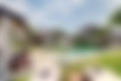 Iluh 5BR Bella villa di lusso   con piscina privata a Seminyak, Bali, in Indonesia per 10 persone...