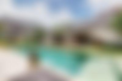 Nyoman Villa de lujo bonita y   con piscina privada en Seminyak, Bali, Indonesia para 10 personas...