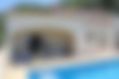 Casa Monica Mooie en gezellige villa  met privé zwembad in Moraira, aan de Costa Blanca, Spanje voor 4 personen...