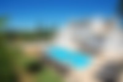 Villa Albufeira LS407 Large and nice villa in Albufeira, on the Algarve, Portugal  with private pool for 14 persons...