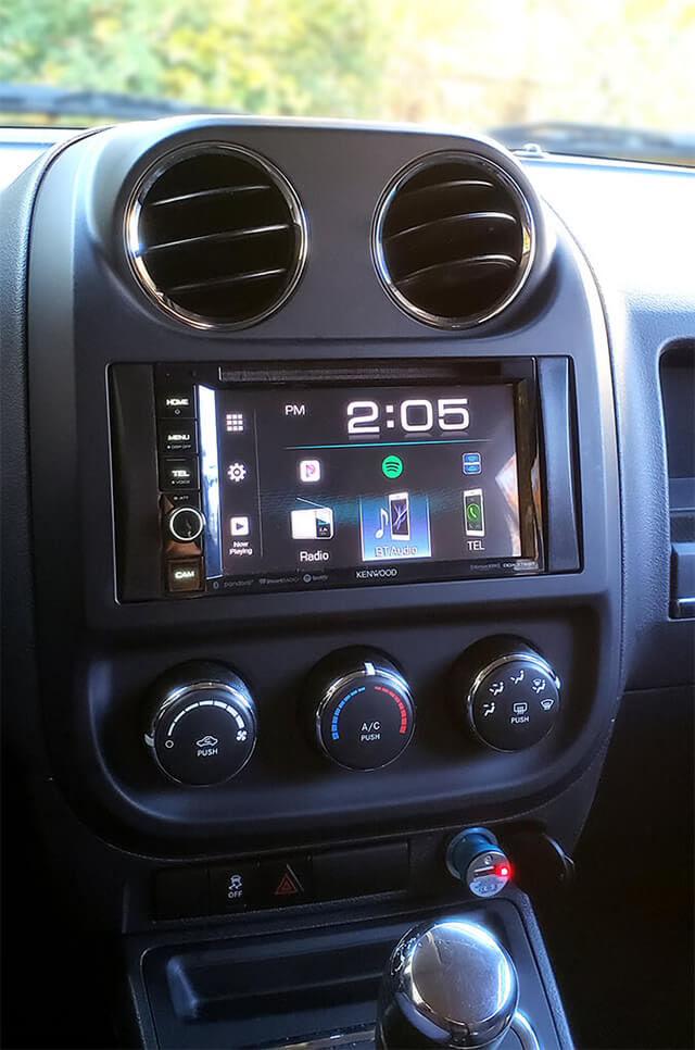 2017 Jeep Patriot Dash