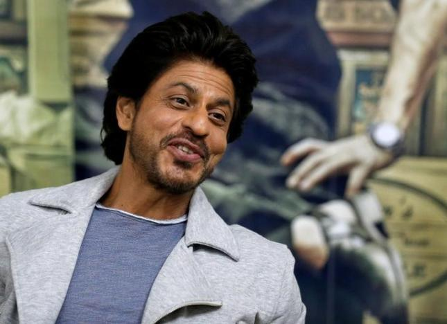 Bollywood actor Shah Rukh Khan speaks during an interview with Reuters in Mumbai, January 18, 2017. REUTERS/Danish Siddiqui