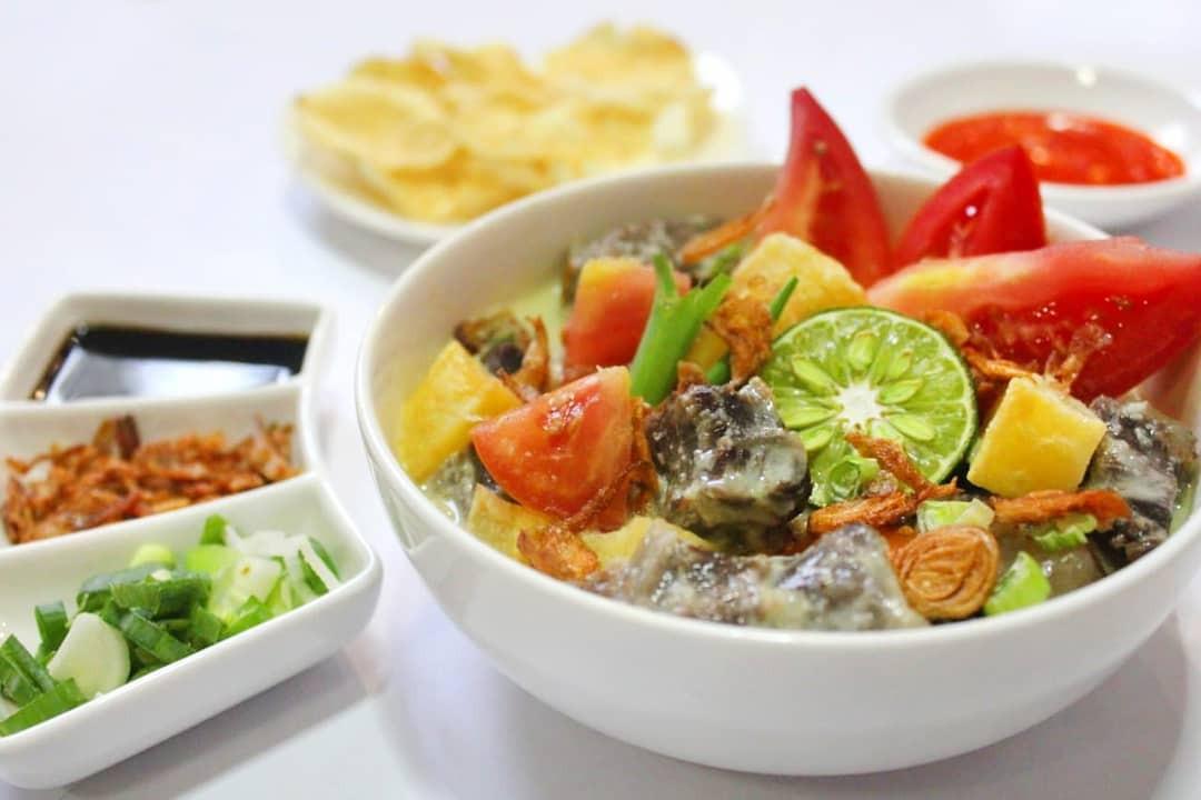 7 Makanan yang Wajib Dicoba di Foodstreet Pantai Maju PIK 2