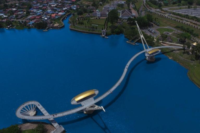 Kuching Golden Bridge | Sarawak, Malaysia
