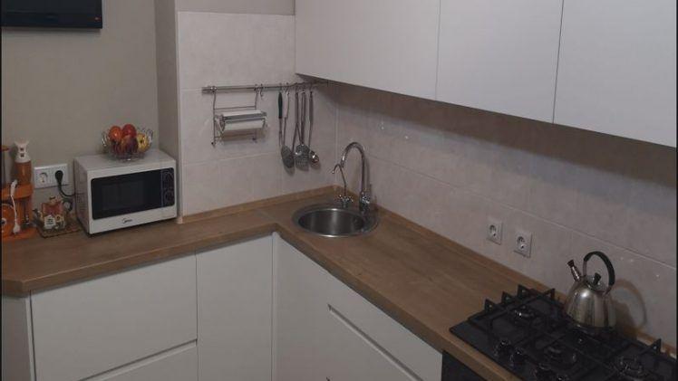 Belaya kuhnya s integrirovannymi ruchkami 03 019 1 748x421 - Кухня №03-019 фото и цены