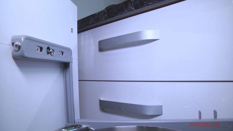 kitchen7 049 25 748x421 - Кухня №07-049 фото и цены