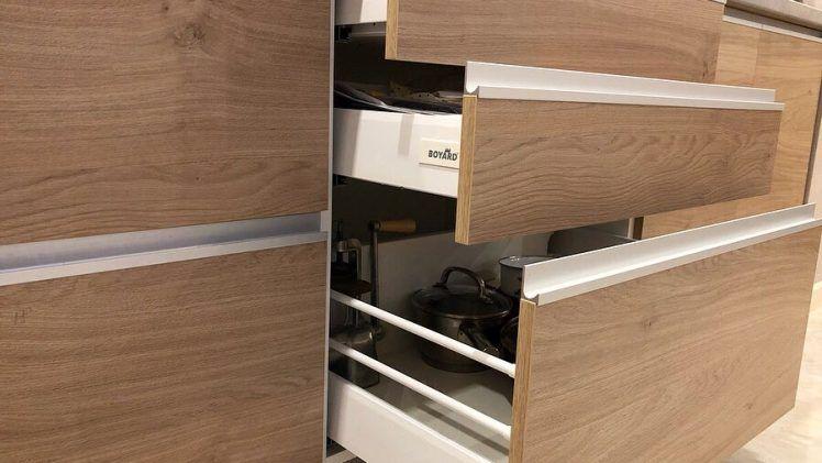IMG 8072 748x421 - Кухня №15 фото и цены