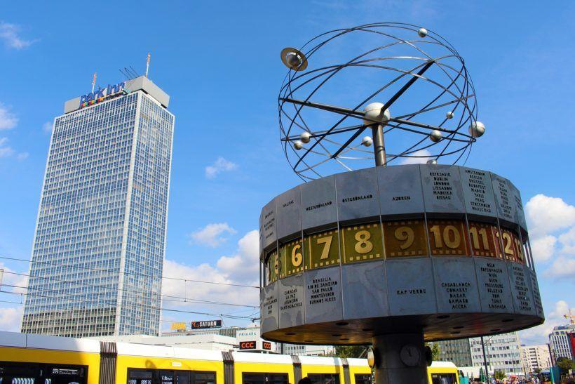 world-clock-1724729_1920