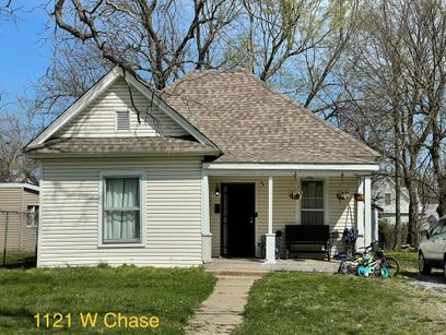 property 1121 Chase