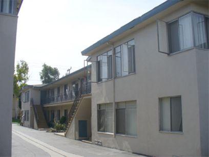 property 601-05 W. Hyde Park Blvd