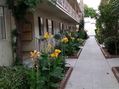 property 621-625 Hyde Park Blvd.