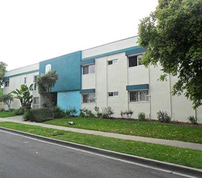 property 1818 W. El Segundo Blvd. #1