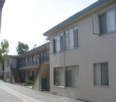 property 601-05 W. Hyde Park Blvd #1