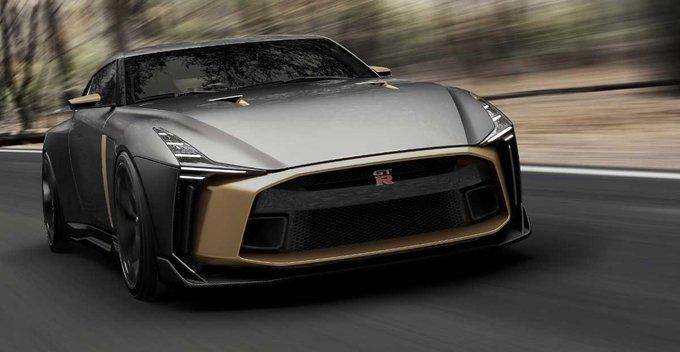 Nissan GTR  (Godzilla) - වැඩිදුර විස්තර