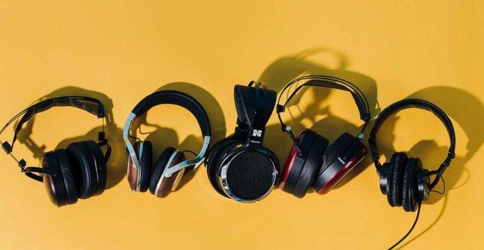 Headphones ගැන අපි නොදත් සහ තෝරා ගැනීමේදී අපි අනිවාර්යෙන් සැලකිලිමත් විය යුතු දේවල්