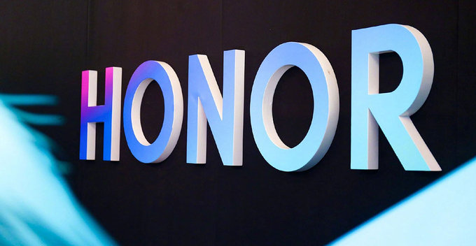 Huawei සමාගමෙන් වෙන් වීමෙන් පසු Honor නව මාවතකට; Google සේවාන්ගේ සහය ලැබෙනු ඇතැයි වාර්තාවේ