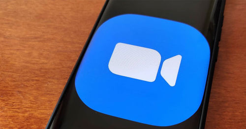 Zoom app එක සඳහා dark mode සහ තවත් features කිහිපයක් ලබා දීමට කටයුතු කරයි