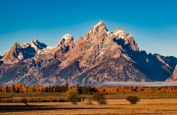 Top 10 Most Beautiful Mountains to Visit in the USA