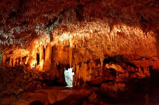 Top 10 Most Amazing Caves and Caverns in the USA
