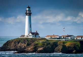 Top 10 Most Beautiful Lighthouses in the USA