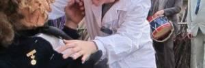 Cómo su Médico Le Puede Ayudar a Curar su Acné
