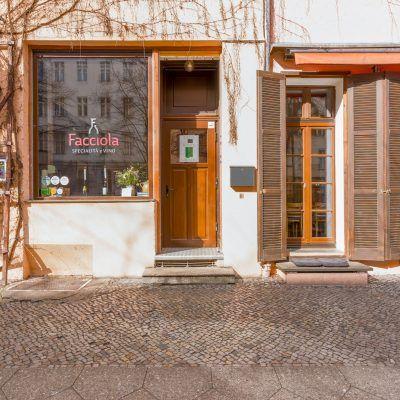 Facciola - Weinbar mit Küche