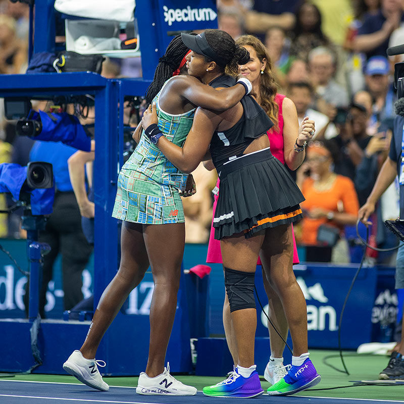 Naomi and Coco Teach Sportsmanship