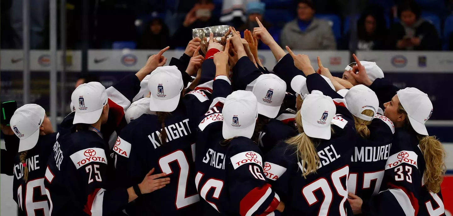 USA Women's Hockey and a Time to Stand