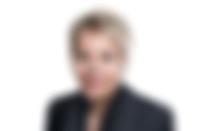 Portrait-Karin-Buehler