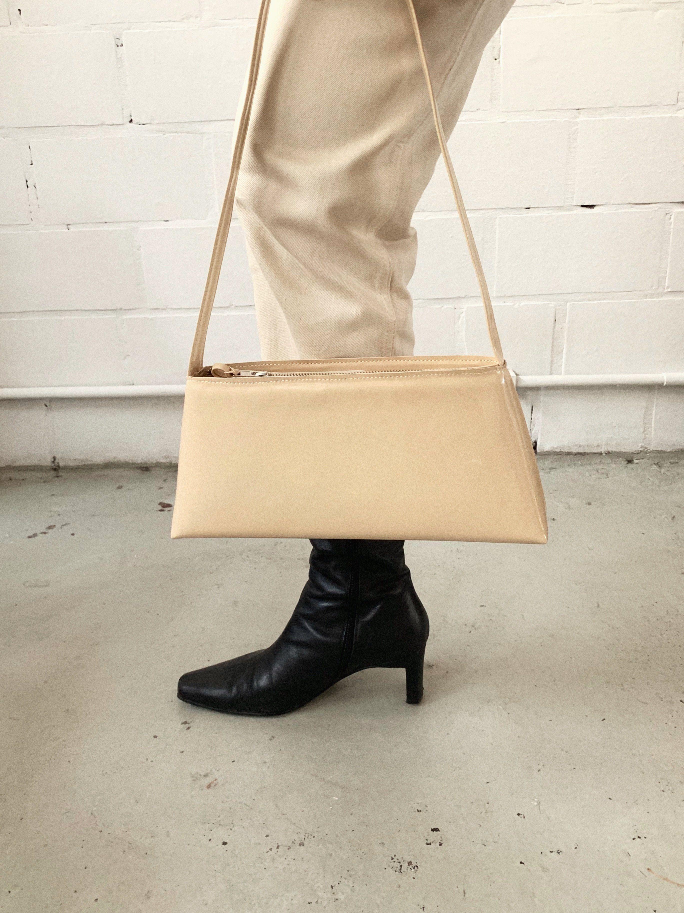 Triangle Bag – NONA