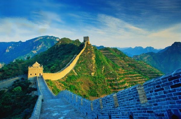 5 Gap Year Travel Ideas - #5 Camp on The Great wall of china
