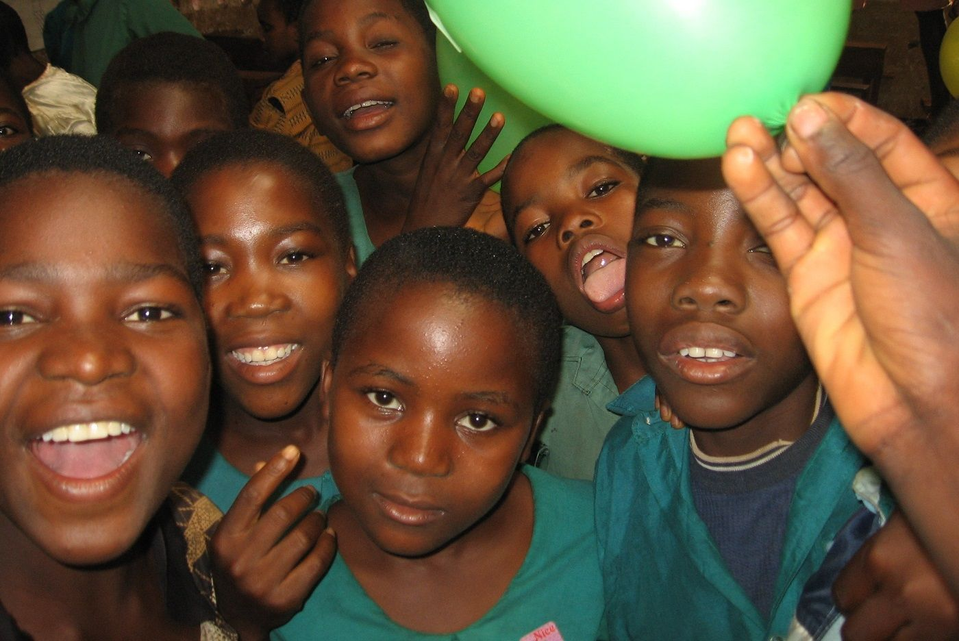 Malawi children with balloons