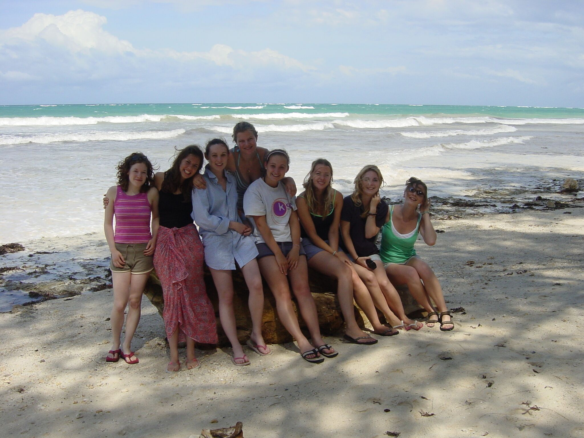 Relax on the beautiful beaches on your Gap Year to kenya