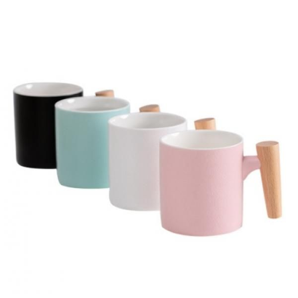 Matte Surface Ceramic Mug with Wooden Handle Household Products Drinkwares New Products HDC1075-02