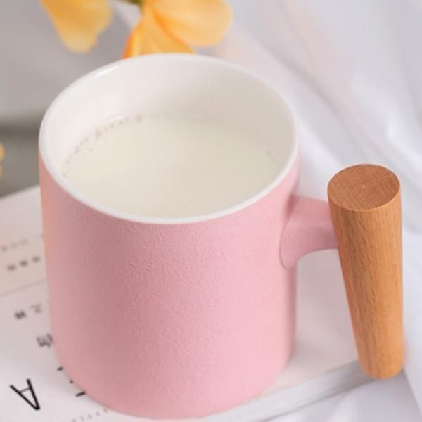 Matte Surface Ceramic Mug with Wooden Handle Household Products Drinkwares New Products HDC1075-PIK