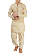 White pleated patiala