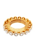 Gold bracelet with filigree work