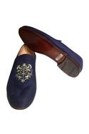 Velvet handcrafted loafers