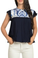 Pleated flare top