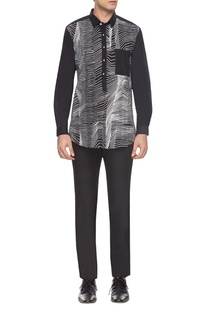 Black & white zigzag print shirt