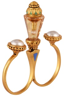 Amrapali Baroque Two-Finger Ring