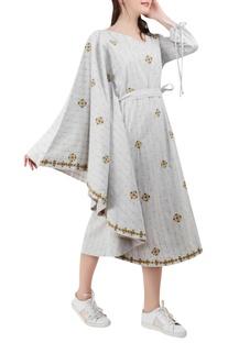 Embroidered kaftan sleeve dress