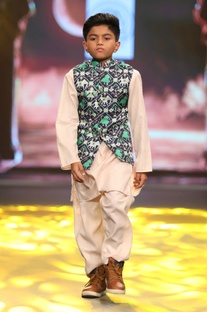 Ikat Nehru Jacket With Kurta Set
