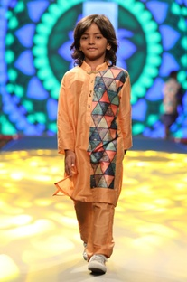 Printed kurta with pant