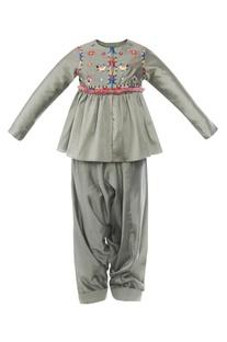 Resham Embroidered Kurta Set