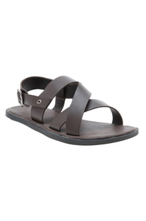 Open criss-cross sandals